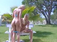 Two blondes in nature... lesbian porn