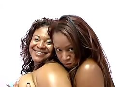 black lesbian licking and dildoing pussy latina lesbian porn
